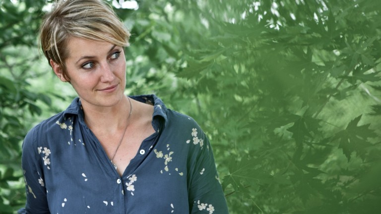 A new  album from  Joan Shelley '04